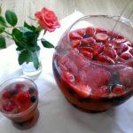 Erfrischende Beerenbowle