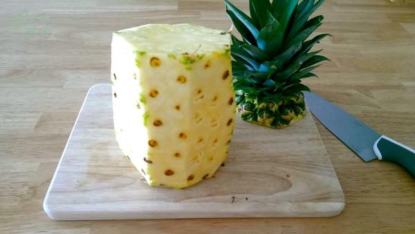 Ananas schneiden 2