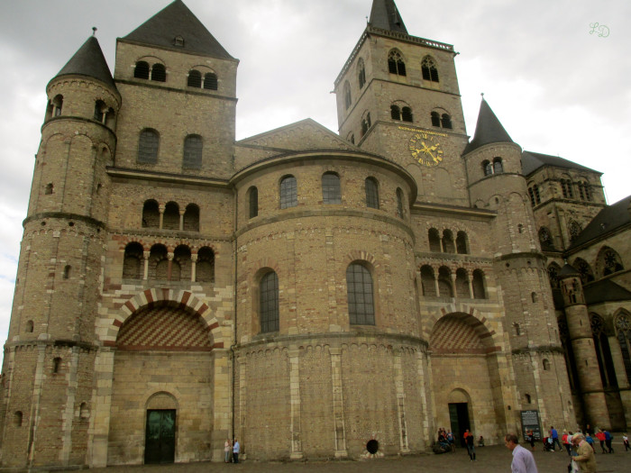 Trier 11