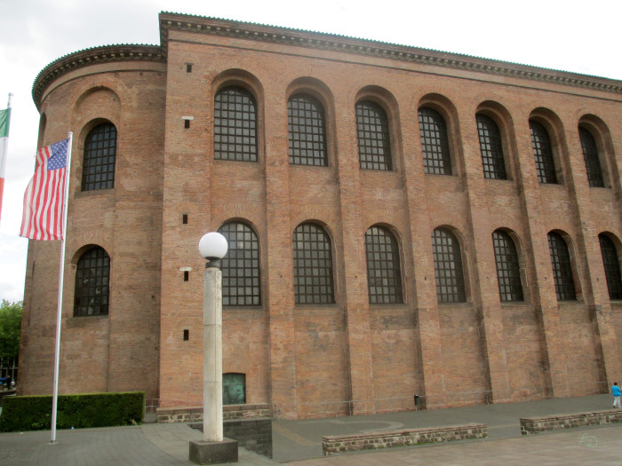 Trier 18
