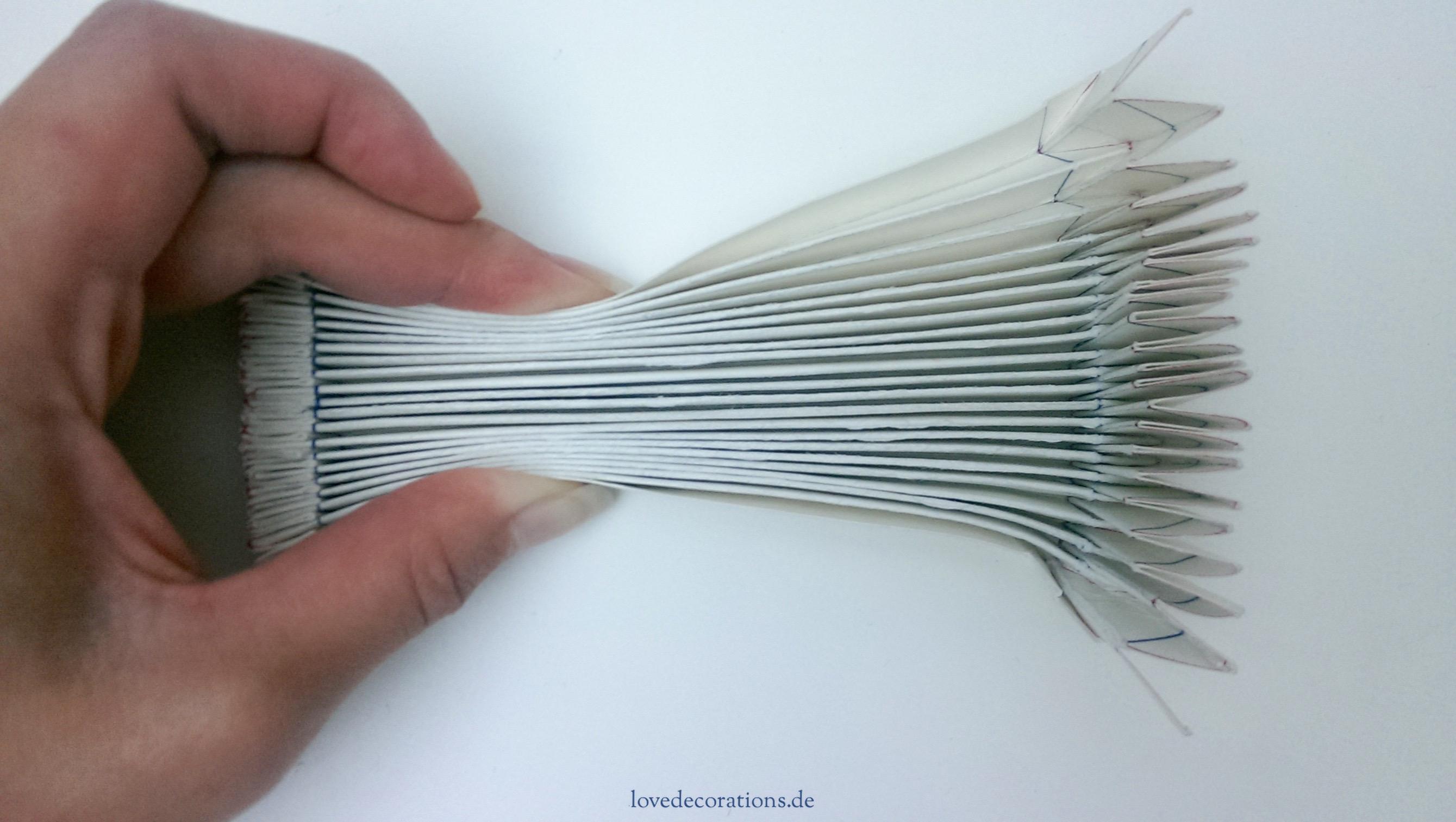 Eklektisch Duden vase in origami style
