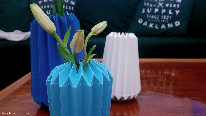 Vase in OrigamiStyle