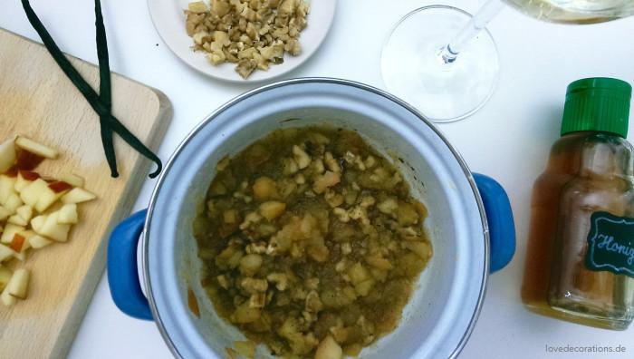 Walnuss-Apfel-Dessert 2