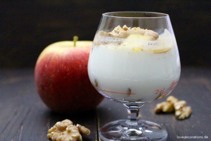 Walnuss-Apfel-Dessert 6
