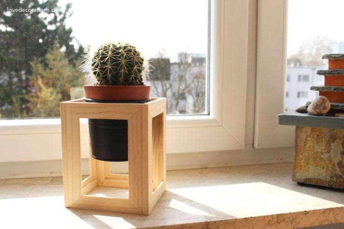 DIY Pflanzenständer Fotorahmen 16