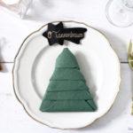DIY Serviette falten: Tannenbaum und wie Kinder einen verzweifelnd lachen lassen