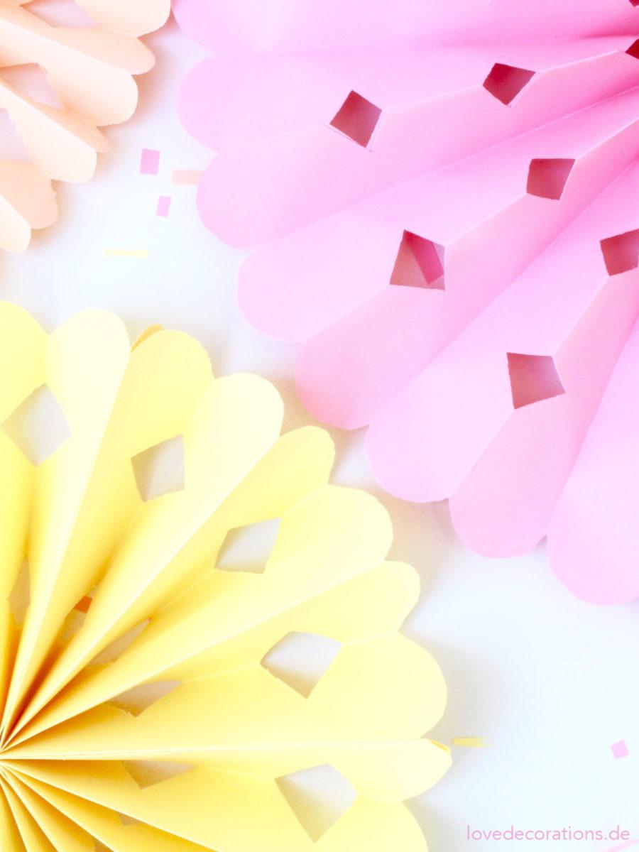 DIY Faltrosetten | DIY Paper Rosettes