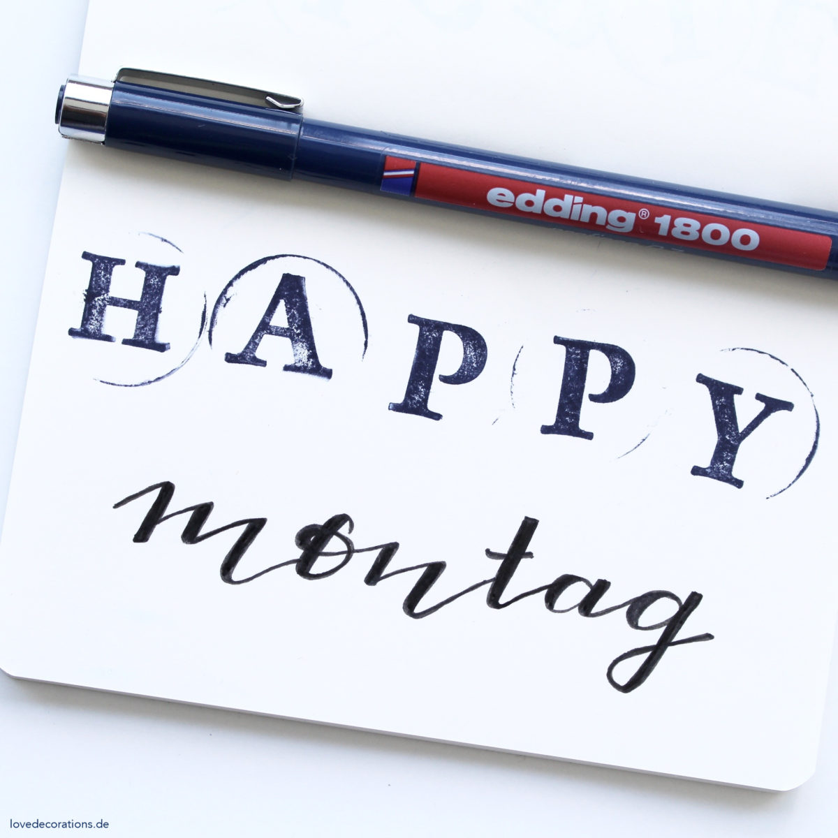 Happy Montag Lettering