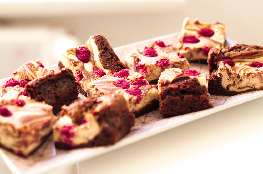 Brownies mit Cheesecake-Himbeer-Topping
