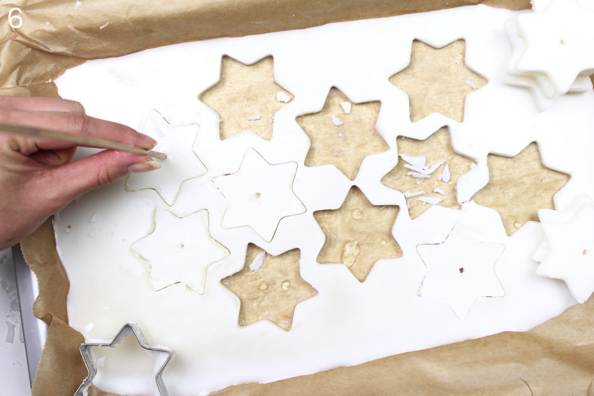 DIY cut out Star Candles | DIY Sterne-Kerzen ausstechen
