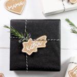 DIY weihnachtliche Kork-Anhänger für Geschenke + Weihnachtsbaum | PILOT PINTOR* + Give Away